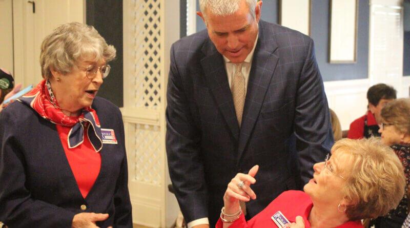 Gunn speaks to Republican women in Hernando